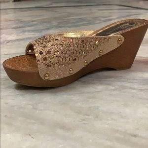 Shoes - Step into Elegance wedges